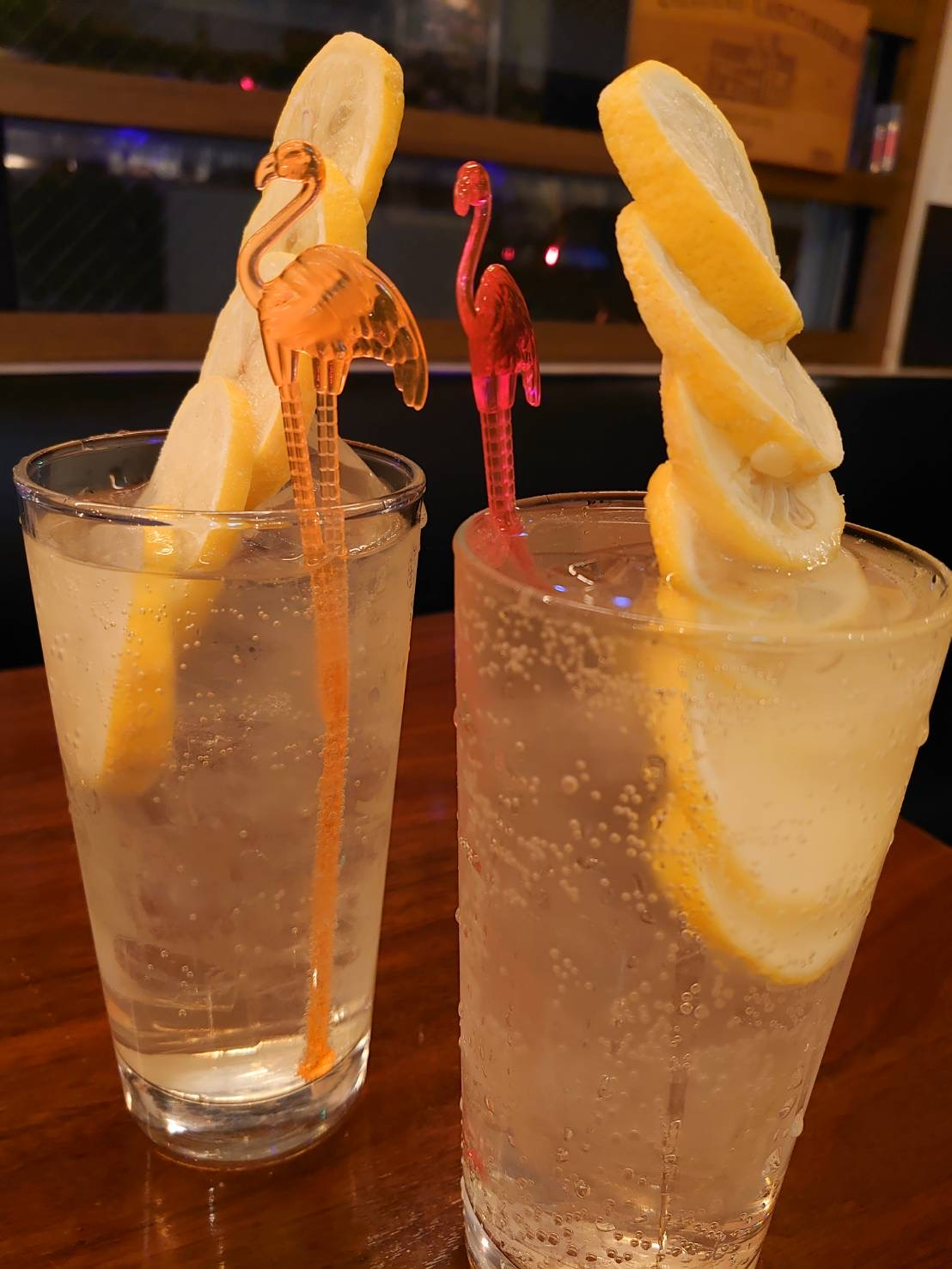 イタリアンバル ひいき屋 レモンのお酒