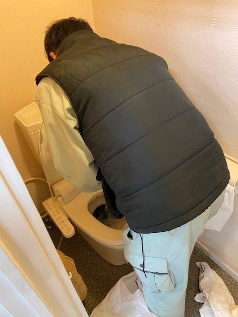 トイレ詰まりの修理